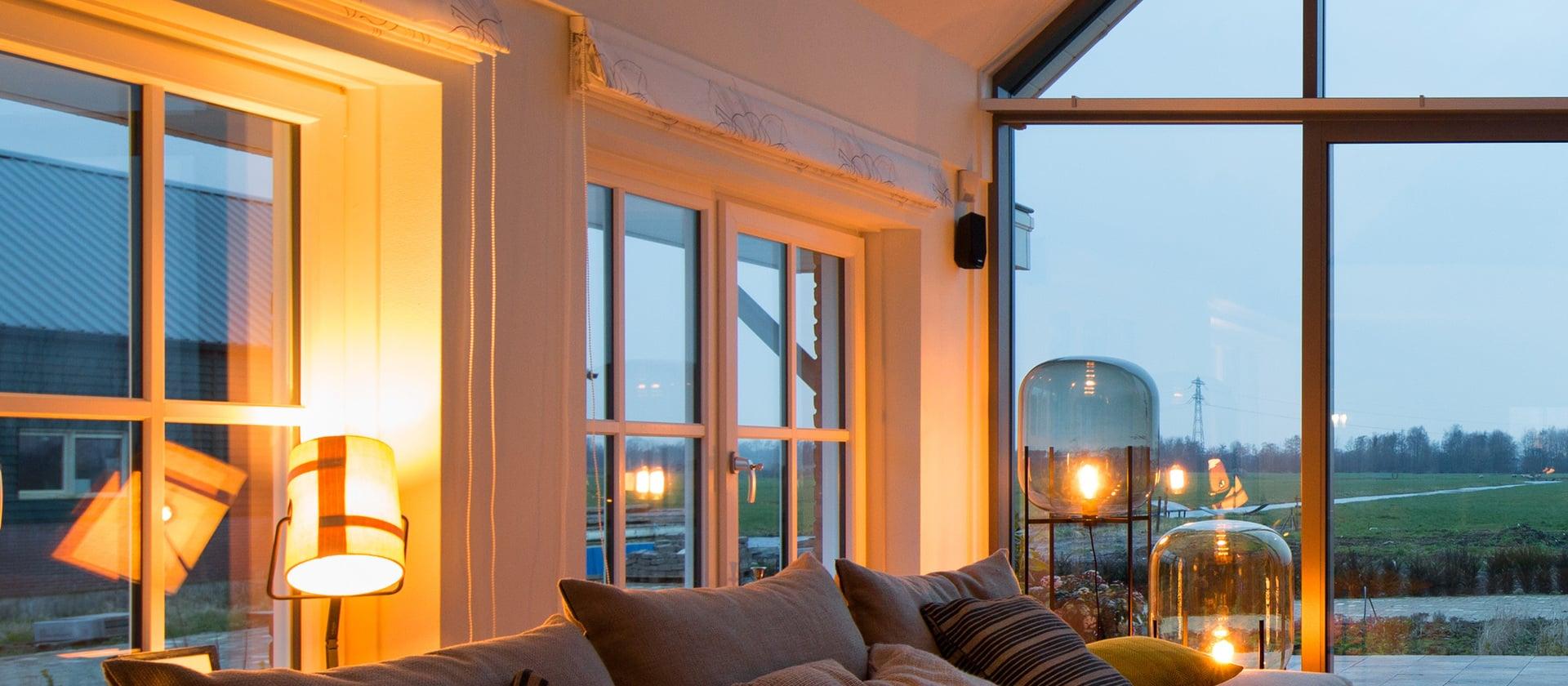 fenster und t ren f r neubau altbau und sanierung von finstral. Black Bedroom Furniture Sets. Home Design Ideas