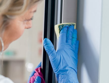 Instruções para a limpeza das janelas