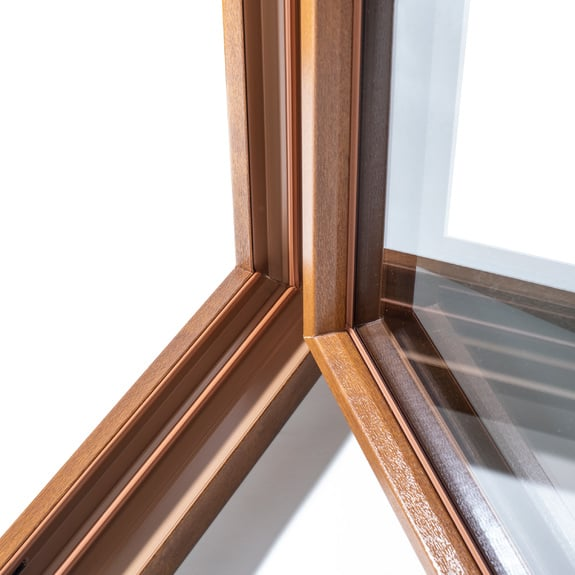 Nuestras superficies con aspecto de madera parecen auténticas.