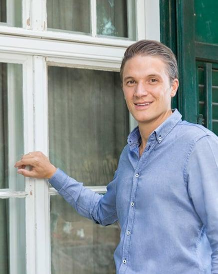 Solicite um check-up profissional das janelas.