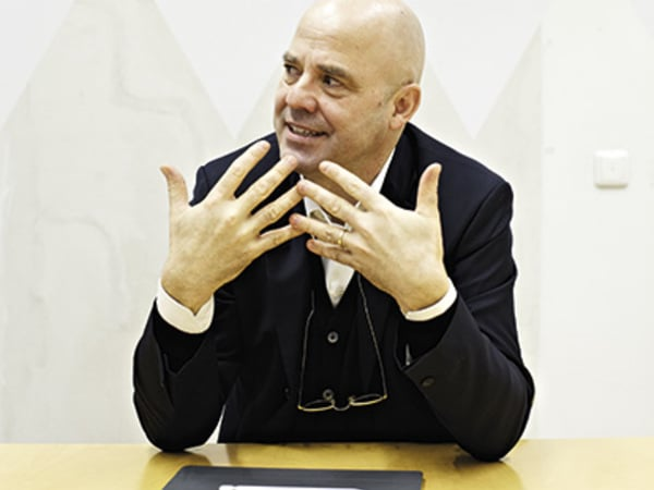 Professor Andreas Hild