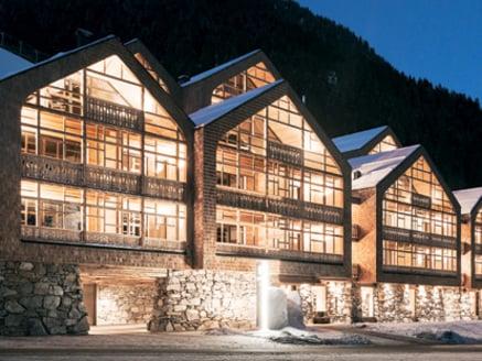 Tenne Lodges Hotel