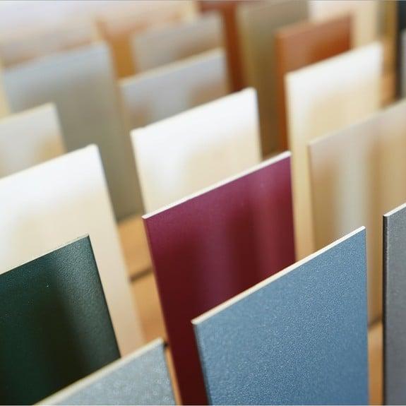 Folders of stalen bestellen.