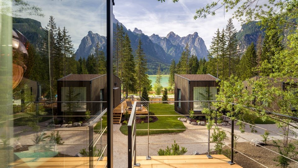 Skyview Chalets des Camping Toblacher See